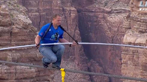 Nik_Wallenda_Grand_Canyon
